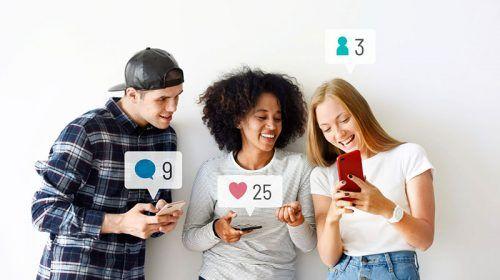 jóvenes usan redes sociales usando campañas de UGC